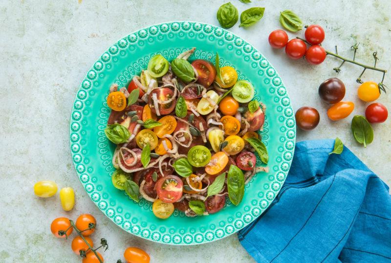 Tomates, echalotas y nueces